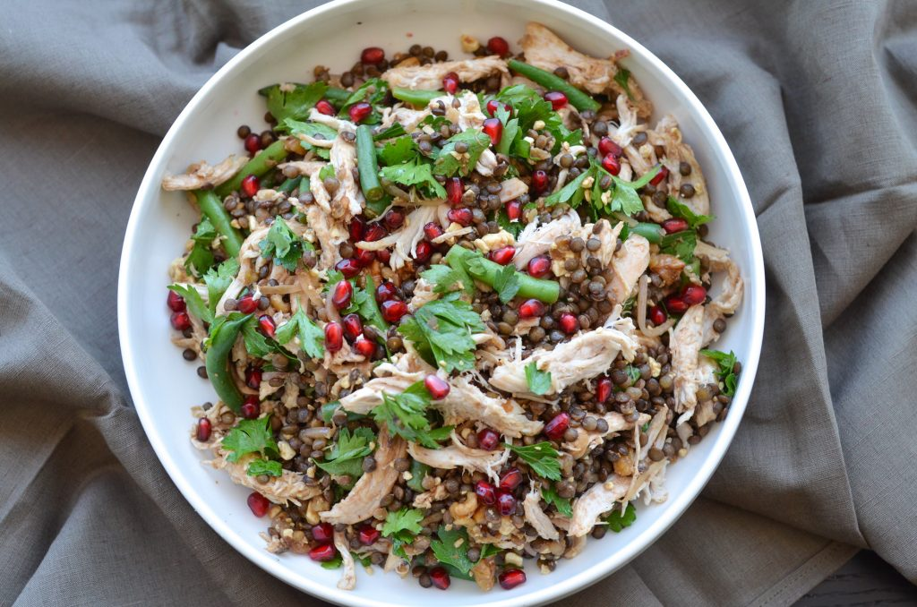 green beans and lentil salad served with chicken