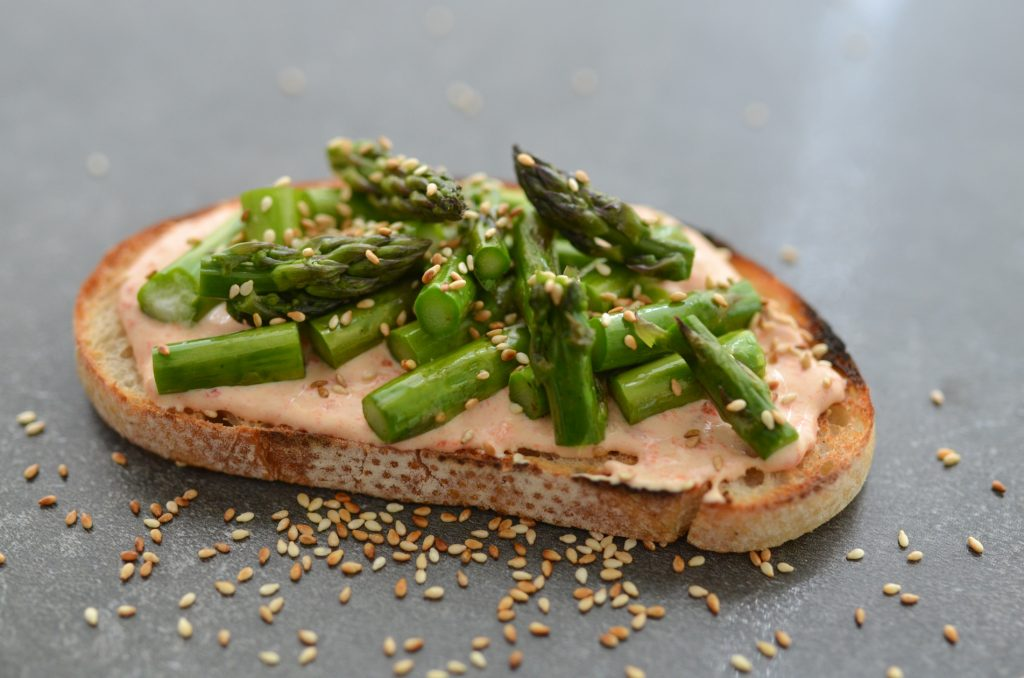 chargrilled capsicum labneh bruschetta with asparagus-WEB-001