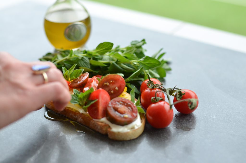 labneh bruschetta with fresh tomatoes and herbs