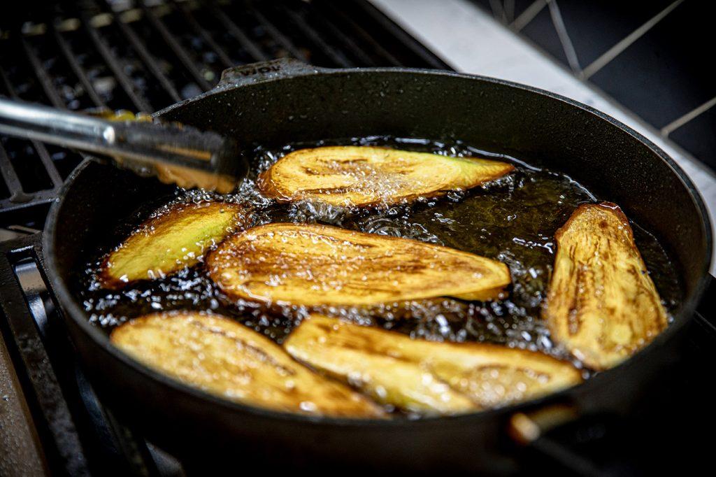 deep frying epplants