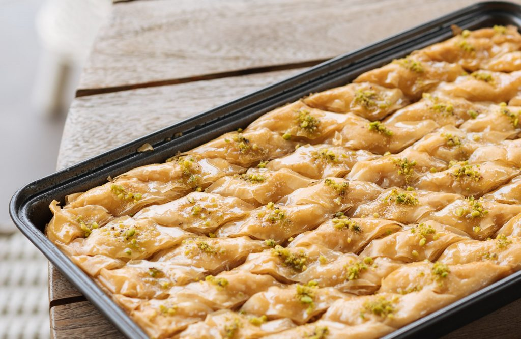 baklawa in a tray